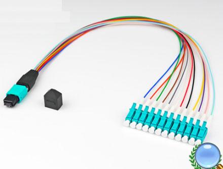 MPO/MTP-LC/UPC多模OM3-12芯模块盒专用光纤跳线